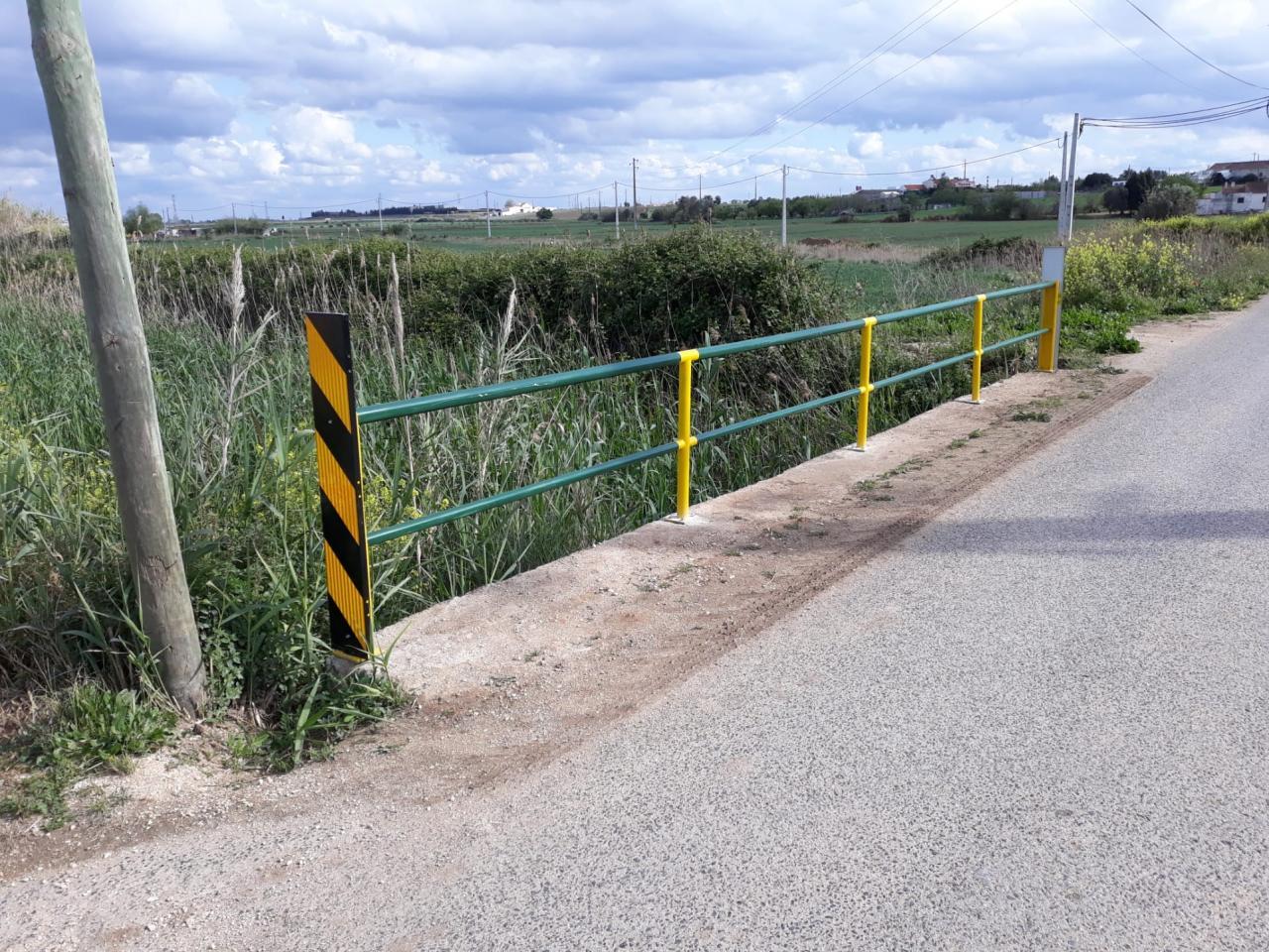 Freguesia instala gradeamentos na Estrada da Bemposta