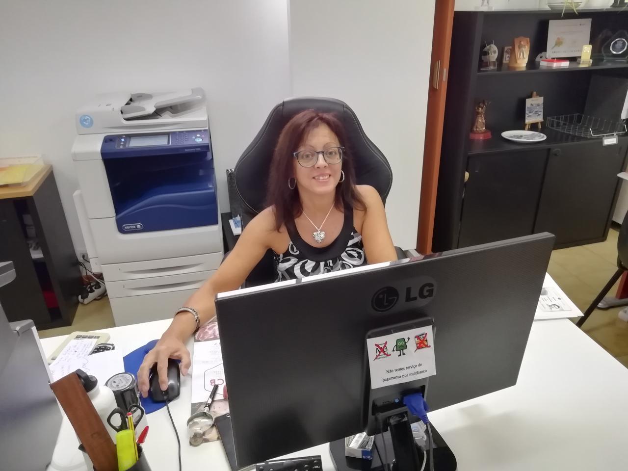 A Freguesia tem uma nova assistente administrativa